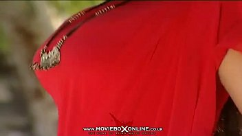 9 saal ki video xxx bachi hindia pakistani Sister act 3 sex