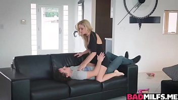 joi foxx leanna and reno Kelly k gets her pucker probed
