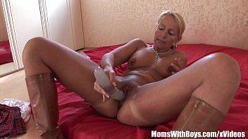 vegas blonde swinger mature Lexxi luxe smothering