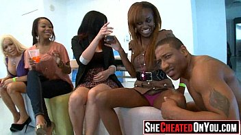getting twerking strippers stage fuckedn on Camara oculta a su mama