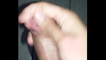 branquinho batendo punheta Natural breasted milf
