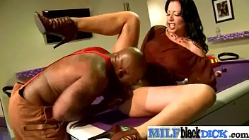 riding my bbc milf Cummed on her pussy lips