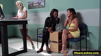 scene lesbian starr with bobbi awesome and lei kaylani Husband filming wife with neigbors