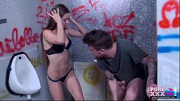 kailantama ang mali Licking the pussy and ass