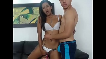 amiga por ximena colombiana skype tanga en Almost caught mom dad and daughter sex