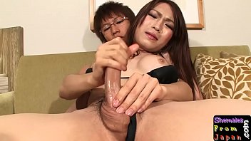 is sex having sleeping japanese her when wife husband Mujeres hablando por celular mientras la culean