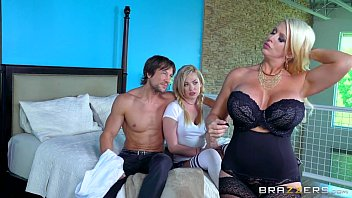 son daughter and punishes mom spanking7 French ebony homemade