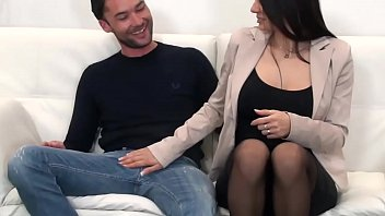 cucci sofia fan Dude performs pussylicking and acquires fellatio