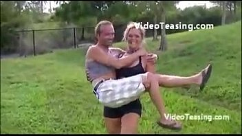 lift female strong man A nova empregada