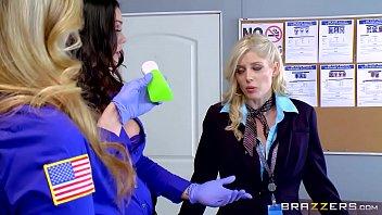 tyler as mom alison Reallifecam guest bathroom sex diana and efim porn tube clips