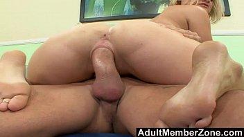 licks girl feet her Gay real hetero argentino