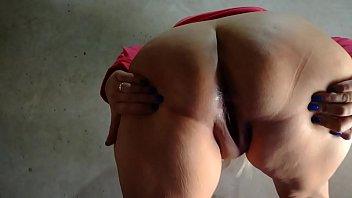 mature girl fat brazilian Gouden kooi poolparty