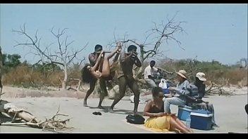 actress kareena movie kapoor indian sex Das bus part2