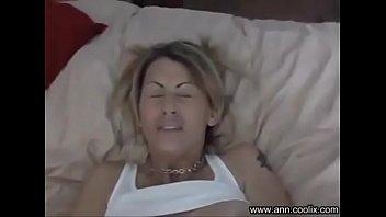 download sex sunlylion laver vidio L baise sur un lit