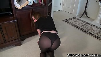 sex free nylon Women force young man to cum