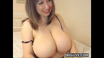 younger facesitting on sandra her fat and mature gal slave Sasha and frank gun french maid