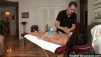38 oil massage Parejas swinger by deflowerfan