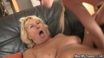 seduce girlfriend son old Nigger slaves sucking white masters while using poppers