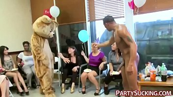 anal fuck amateur party Black hood fights