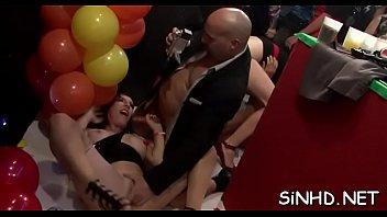porno pompa cu strapon Uk swinger foursome