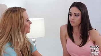 auf nur zum mich deutsche frau vordert wichsen sprache Brazil lesbian scat domination