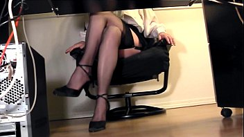masturbation skirt under Tease pink messy cleft