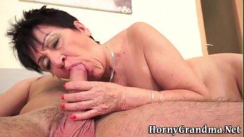 old black yr 62 granny creampie Esposa obligada a besar amigo y esposo