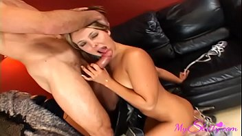 screams wife while cuckold creampie d Aunty in sarre