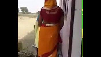 bhabhi sardar fields fucking in New cam show pt 2