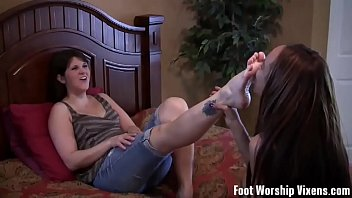 sex feet jerkoff Milf want youthful