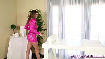 box fucking a damege Ametur squirt first time