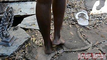 barefoot fish crush Girls playing with cum
